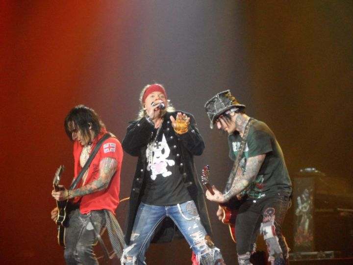 guns_n_roses_nottingham_2012
